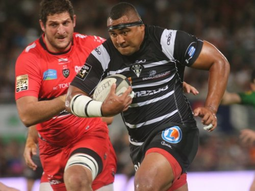 Brive's Sisa Koyamaibole advances for his team. Photo: Skysports