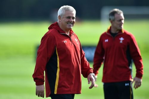 Warren Gatland and Attack coach Rob Howley keeping the Wales players work in training. Photo: WalesOnline