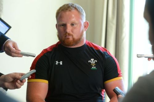 Prop Samson Lee speaks to the media. Photo: WalesOnline