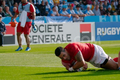 Tongan Kurt Morath scored the first try in the match against the Argentine Pumas. Photo: Demotix