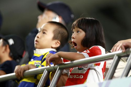 wow - japanese kids, ireland v russia